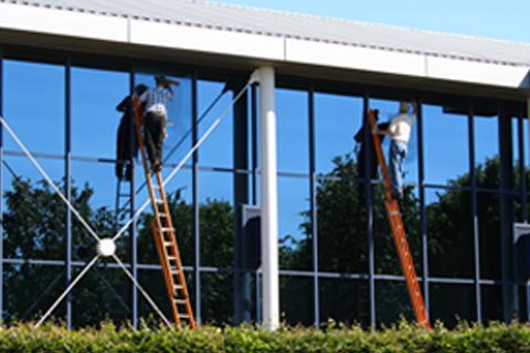 Lavage de vitres commerciales